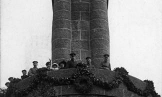 1418-S04-01 - Charleroi - Krieger Denkmal 1915 BR
